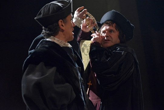 Those antagonists Thomas Cromwell (Ben Miles) and Thomas More (John Ramm), courtesy RSC.